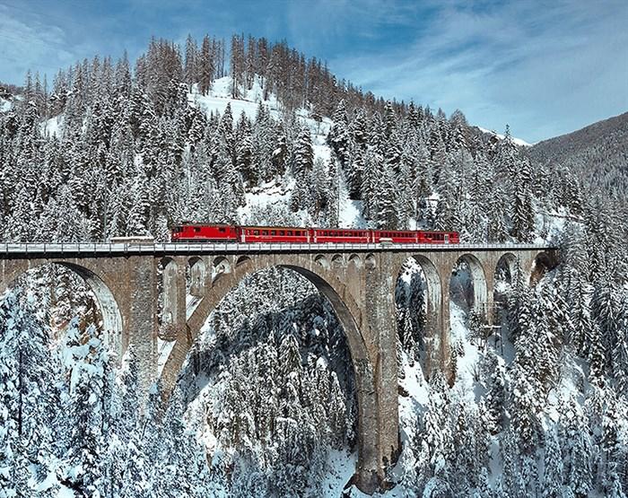 Фотообои DIVINO DECOR C-377 Красный поезд 300х238см - фото 17687