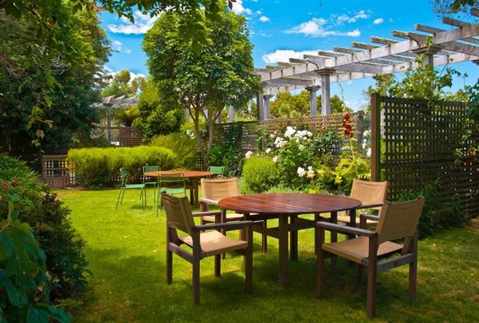 Фотообои DIVINO DECOR E-069 Столики в саду 400х270см - фото 21154